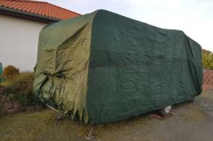 Wohnwagen Abdeckplane als Schutzhülle für die dunkle Jahreszeit