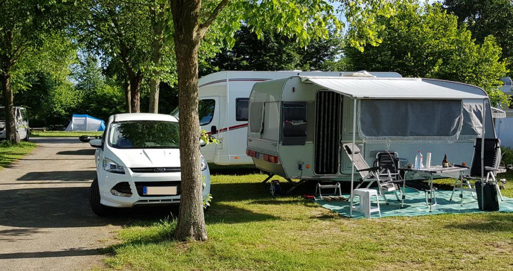 Camping Stellplatz wählen