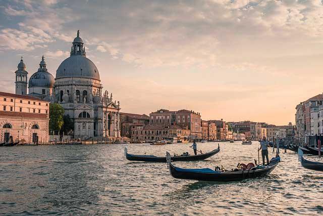 Camping in der Region Venedig - viel Strand und Kultur