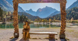 Malerische Landschaften wie ein Gemälde beim Camping in Slowenien entdecken.